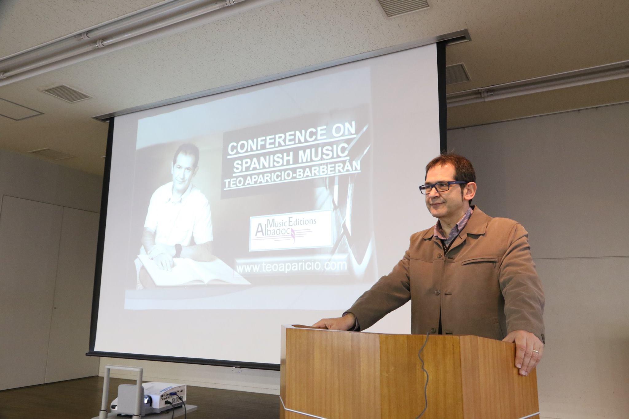 Conferencia en Japón sobre la Música Española.jpg